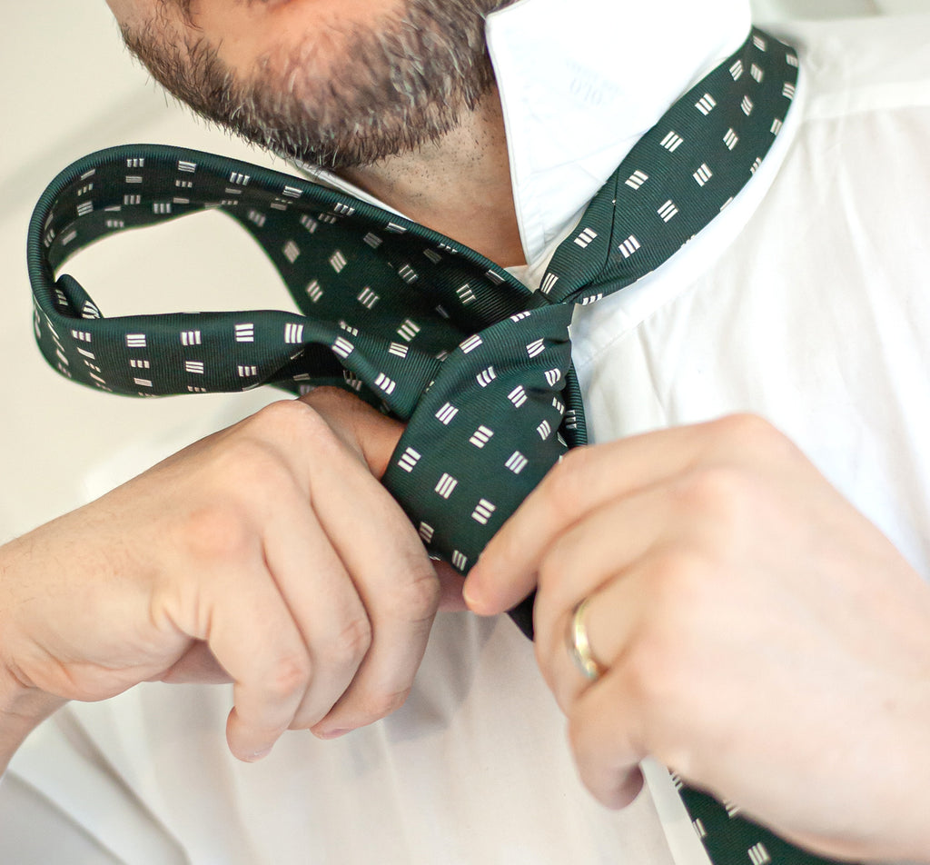 How to Tie a Windsor Knot - Step 9