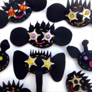 Rubber Zolo Brooch by Monkeybiz Bead Project