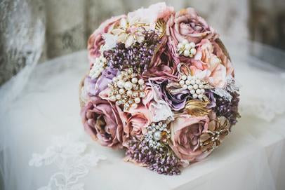 brooch bouquet, crystal, dimante, pearl bouquet