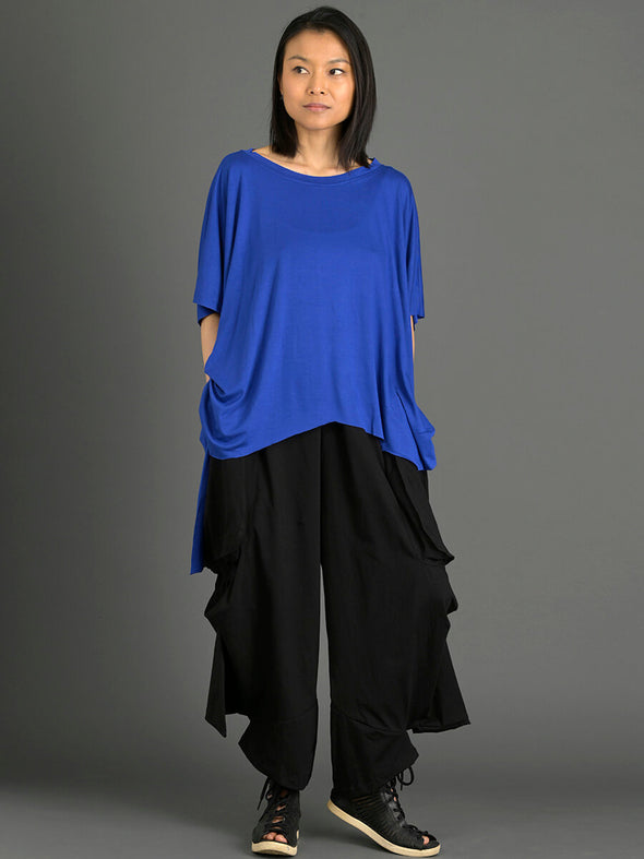 Oversized Fluid T-shirt with Side Slits - Forgotten Tribes