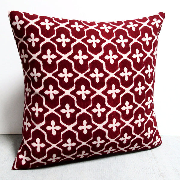 Red 21 x 21 Ogee Pillow