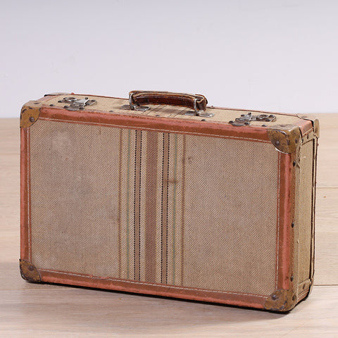 Beddoes Suitcase