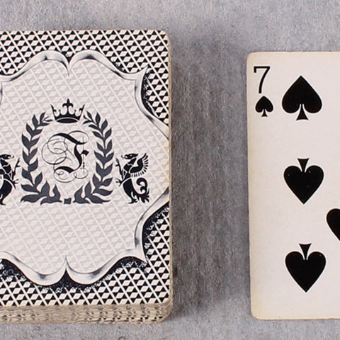 Card Deck Crown