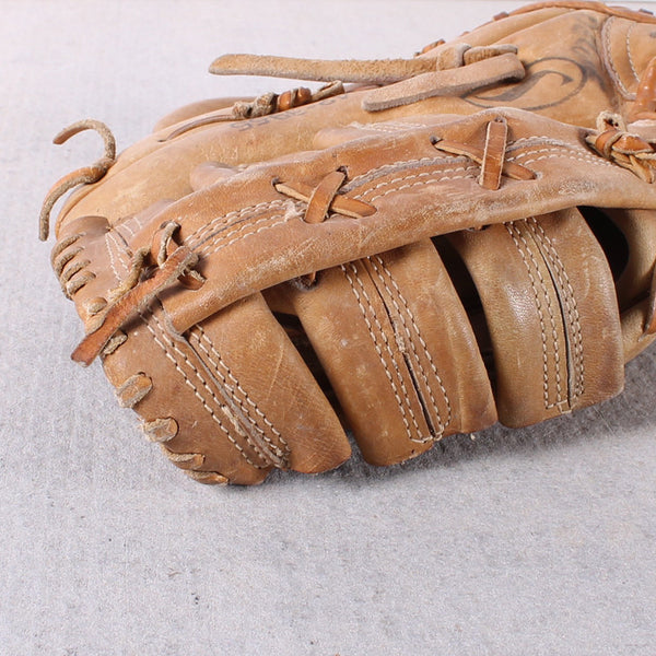 Baseball Glove Pentucket
