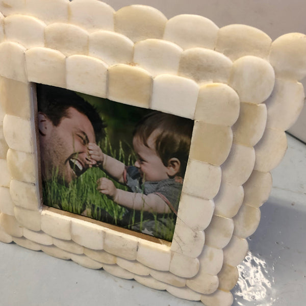 Picture Frame Scalloped
