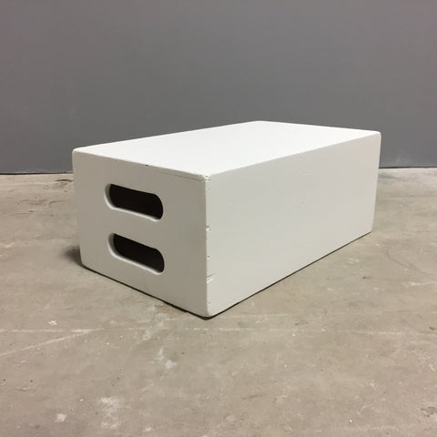 Apple box white 19 3/4 x 11 3/4 x 8