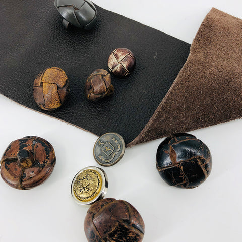 Button Set Leather