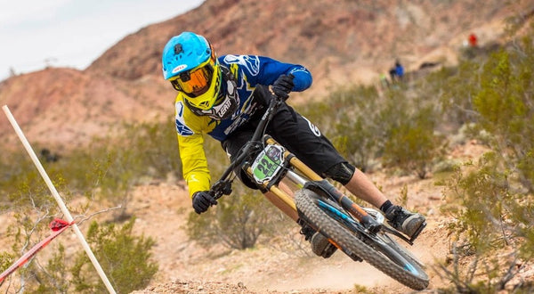 Top Picks: Full Face Helmets with Good Neck Brace Compatibility for MTB and BMX