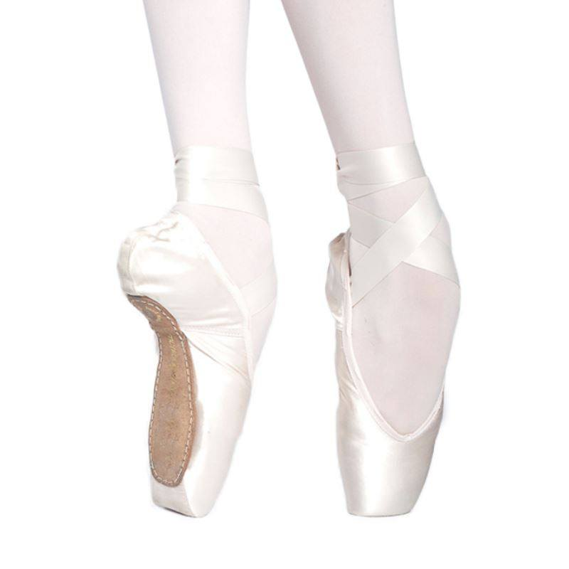 36//W4//V2//S Russian Pointe Shoes Model Brava with Drawstring