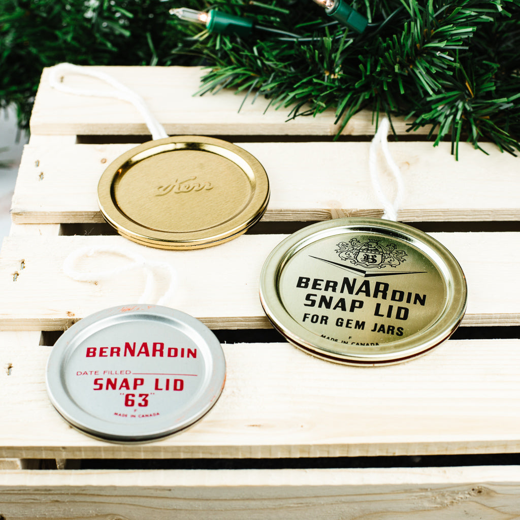DIY Vintage Mason Jar Flat Lid Christmas Ornament