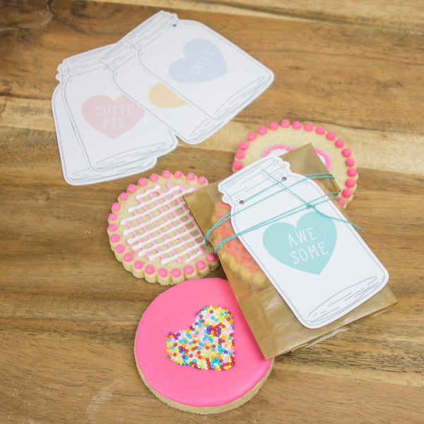 FREE printable valentine gift tags pastel colored candy hearts on a mason jar