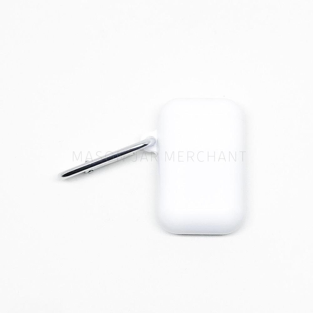 white collapsible reusable straw case with silver keychain
