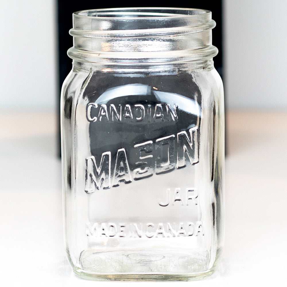 Canadian Mason Very Square Regular Mouth Pint - English Only