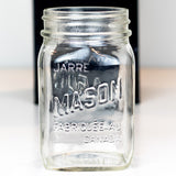 "Canadian Mason ""Made In Canada"" Very Square Regular Mouth Pint / Jarre Mason Fabriquée Au Canada"