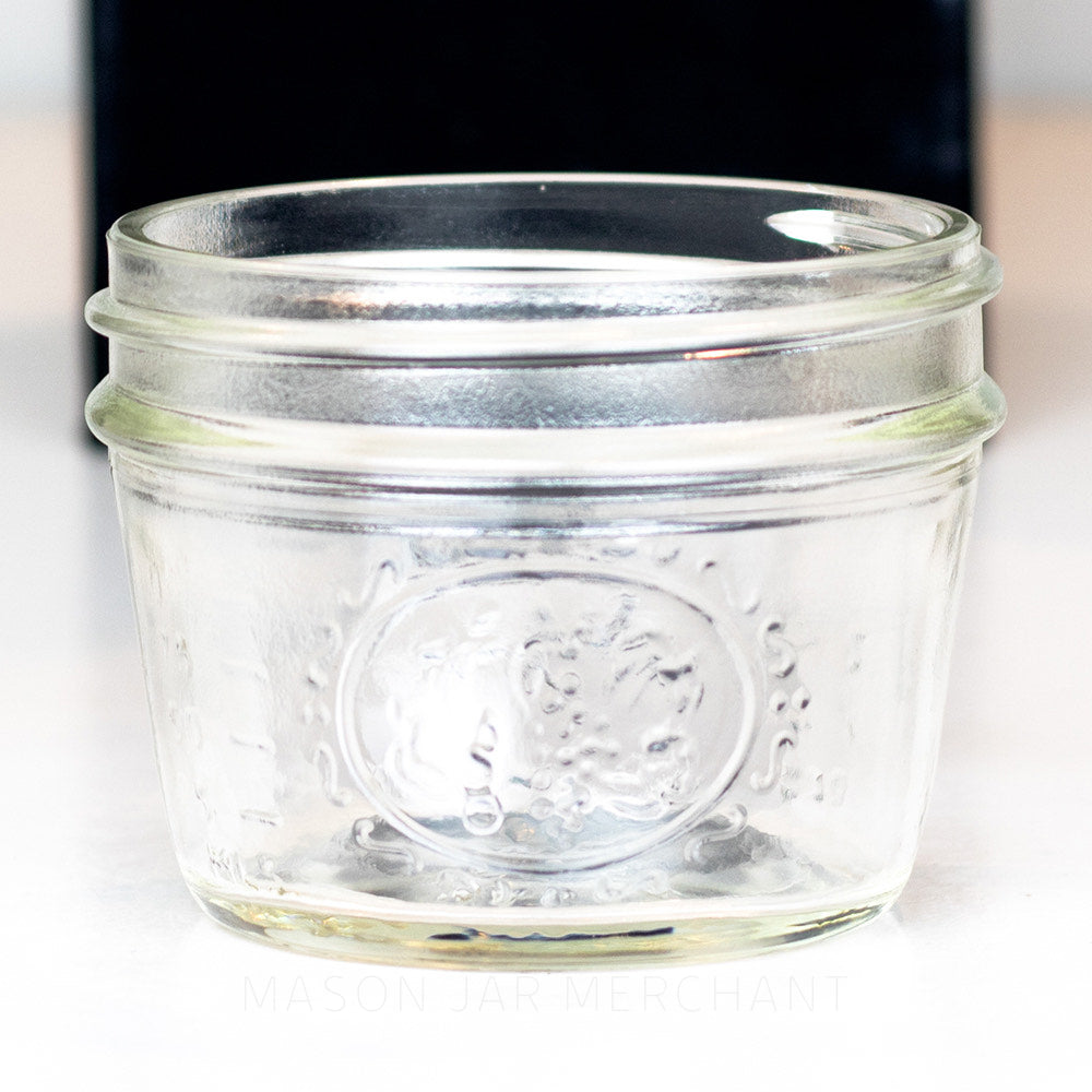 Close-up of the detail on a Wide mouth half pint mason jar