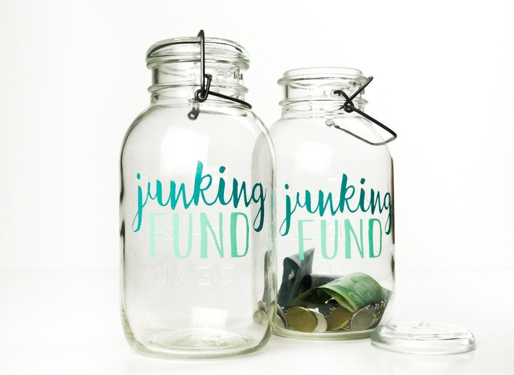 'Junking Fund' Savings Jar