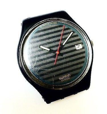 Swatch AG 1988 Swiss Black/Grey Stripped Dial Unisex Watch