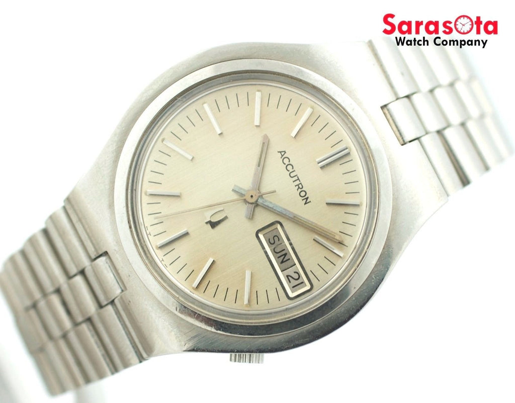 Vintage Accutron N1 Stainless Steel Silver Dial Day Date Men's Watch - Sarasota Watch Company