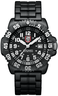 Luminox Navy Seal Colormark A.3052 Carbon Case Rubber Swiss Quartz Men's Watch