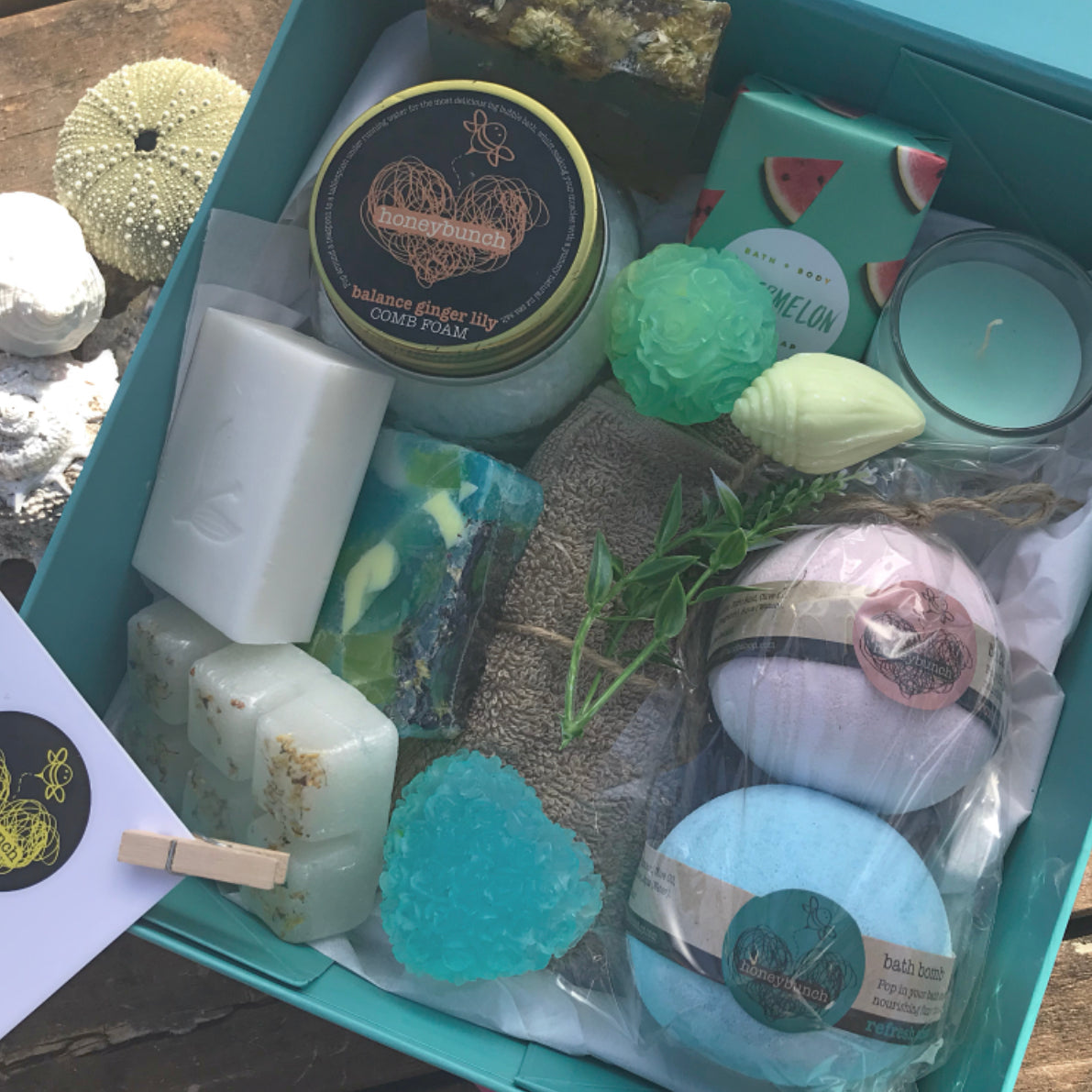 Naturally blue tea full ocean pamper hamper