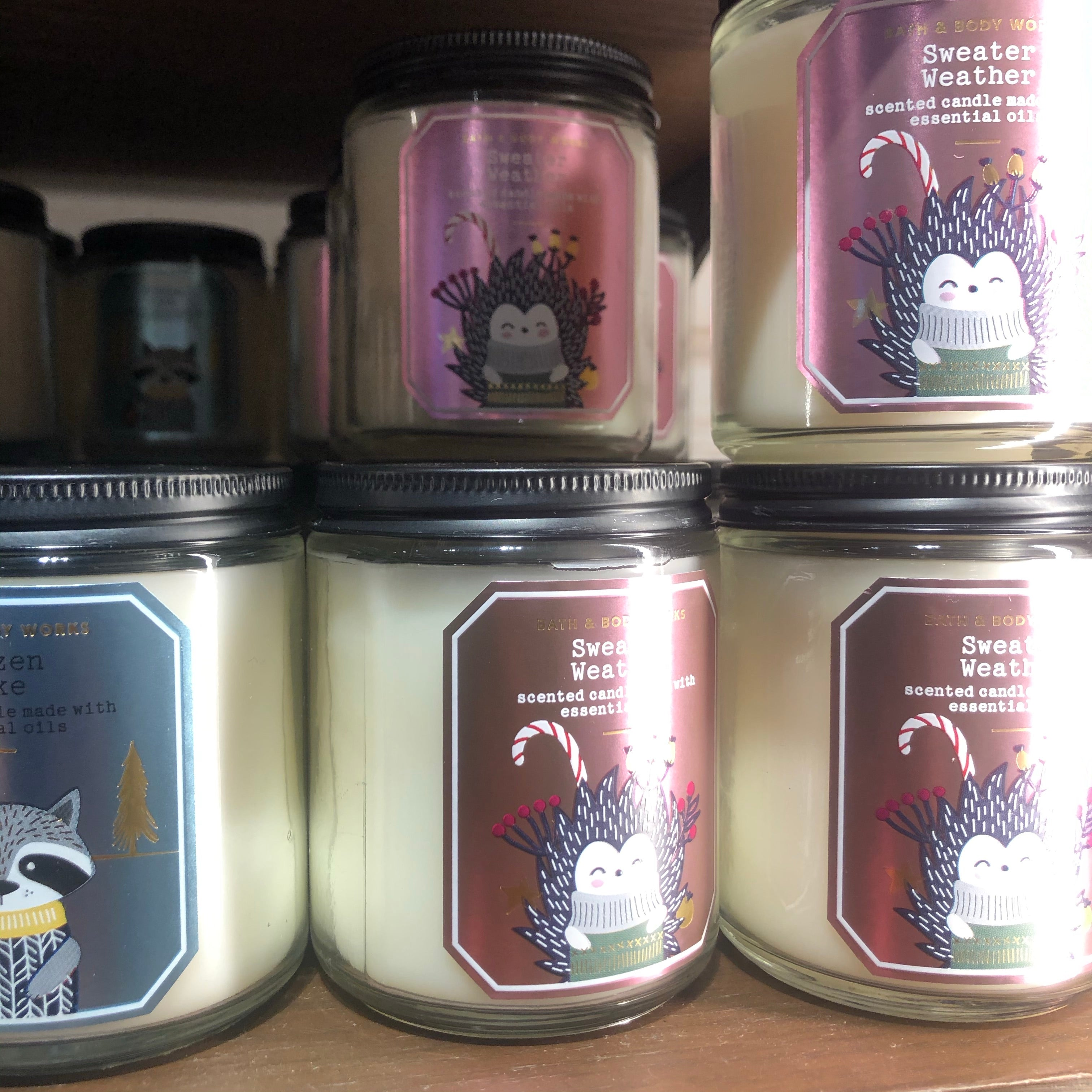 Bath and body works 1 wick candles