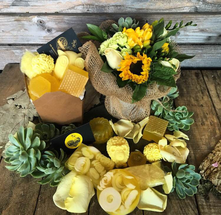 your'e a Honey flower pamper hamper treat