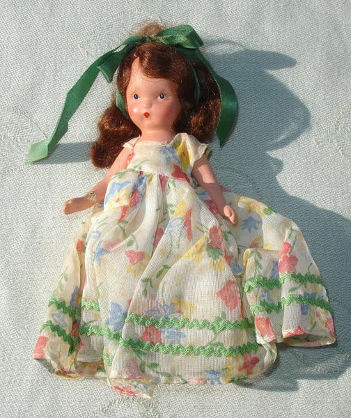 1940s Nancy Ann Storybook Doll - American Girl Series - Quaker Maid - Original Box - Bisque Doll