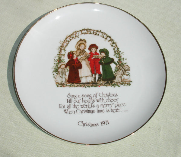Holly Hobbie Genuine Porcelain Christmas Collectible Plate 1974