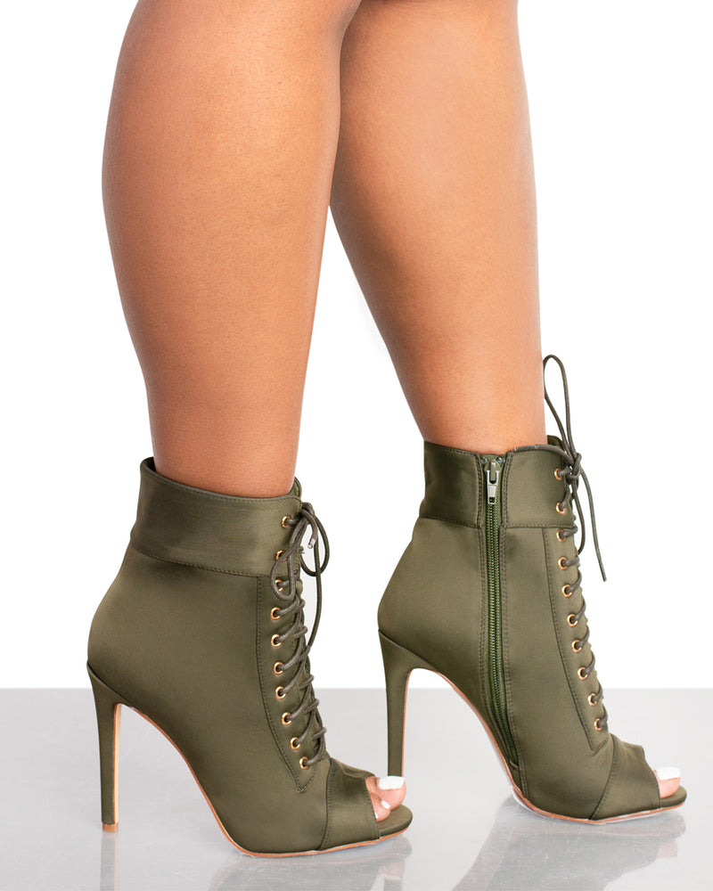 Trollz Booties- Olive