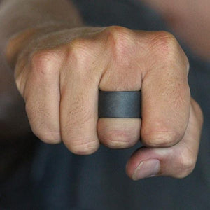 black wide ring