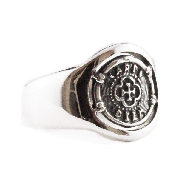carpe diem signet ring