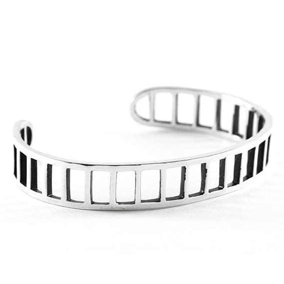 mens silver jewelry