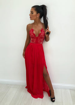 'Goodnight Kiss' Lace Maxi Dress - Red