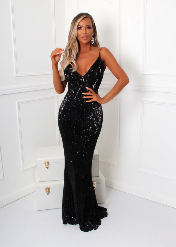 'Frozen Heart' Sequin Gown - Black
