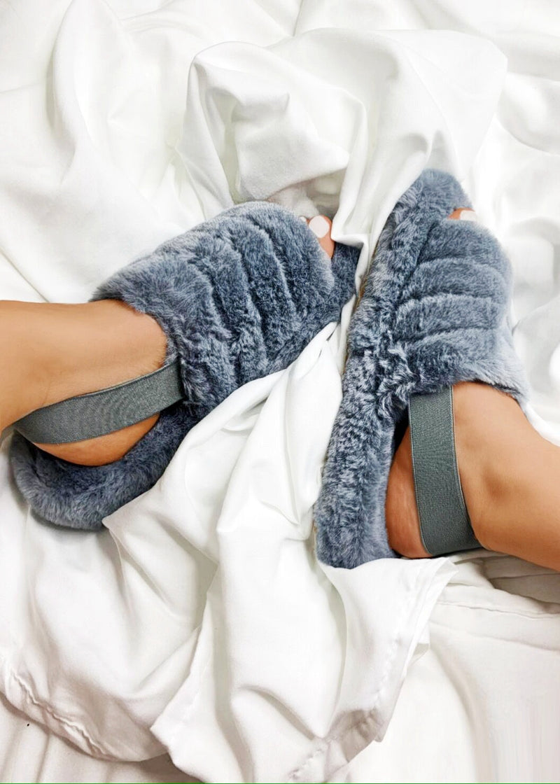 Luxe Good To Me Fluffy Slippers - Grey