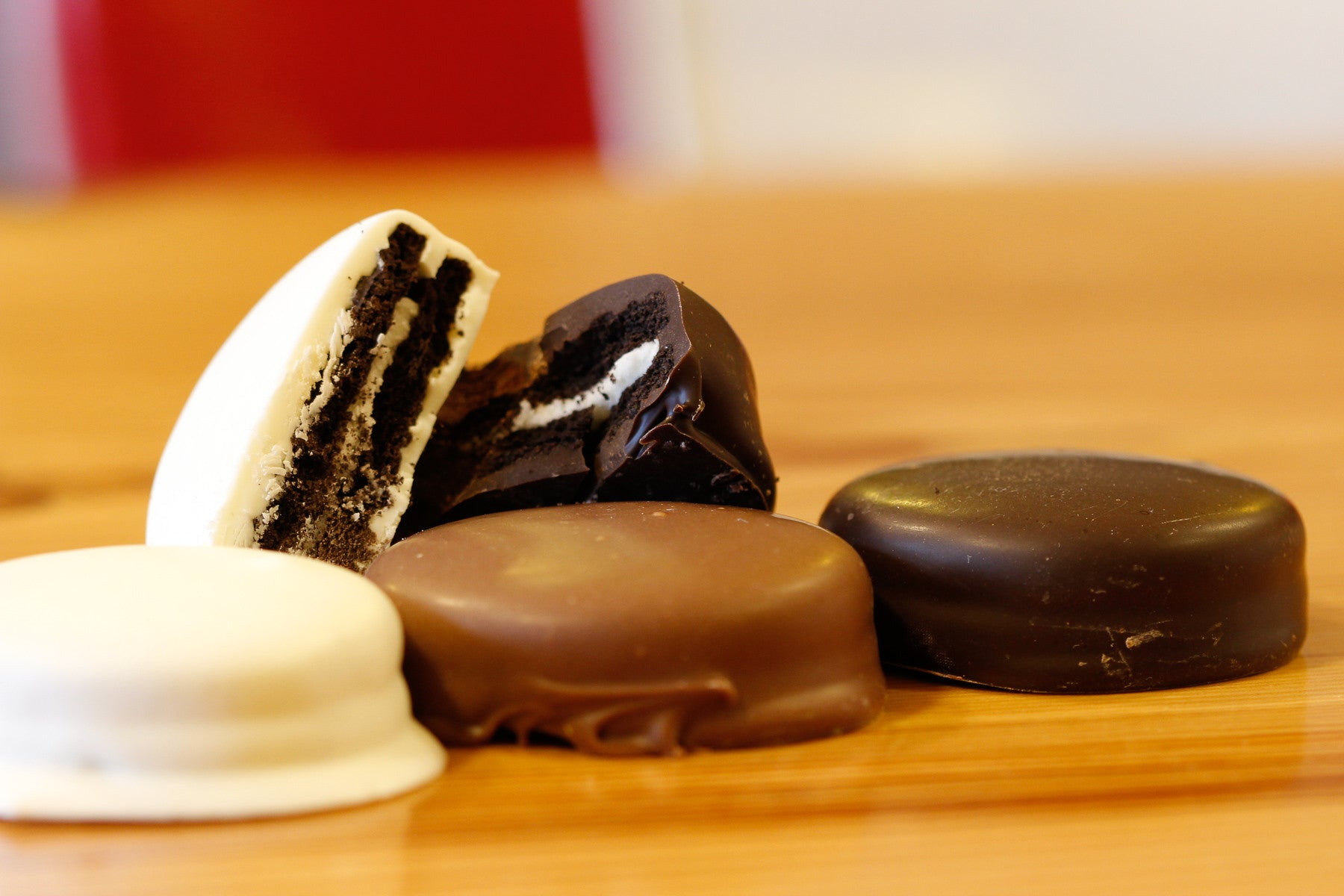 Chocolate Covered Oreos - Donckers Online