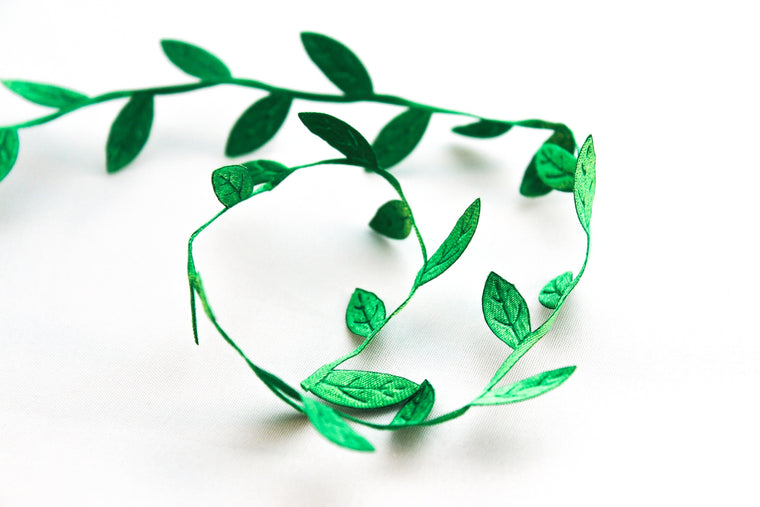Emerald Leaf Ribbon