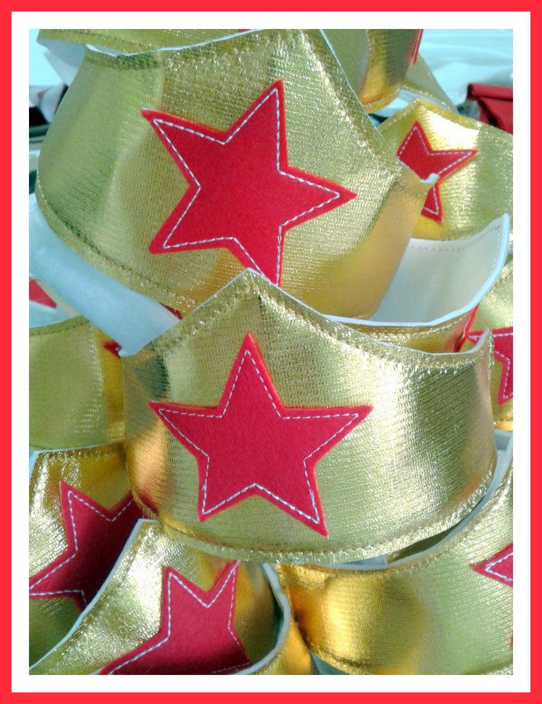 5X7 WONDERWOMAN CROWN & WRISTBAND