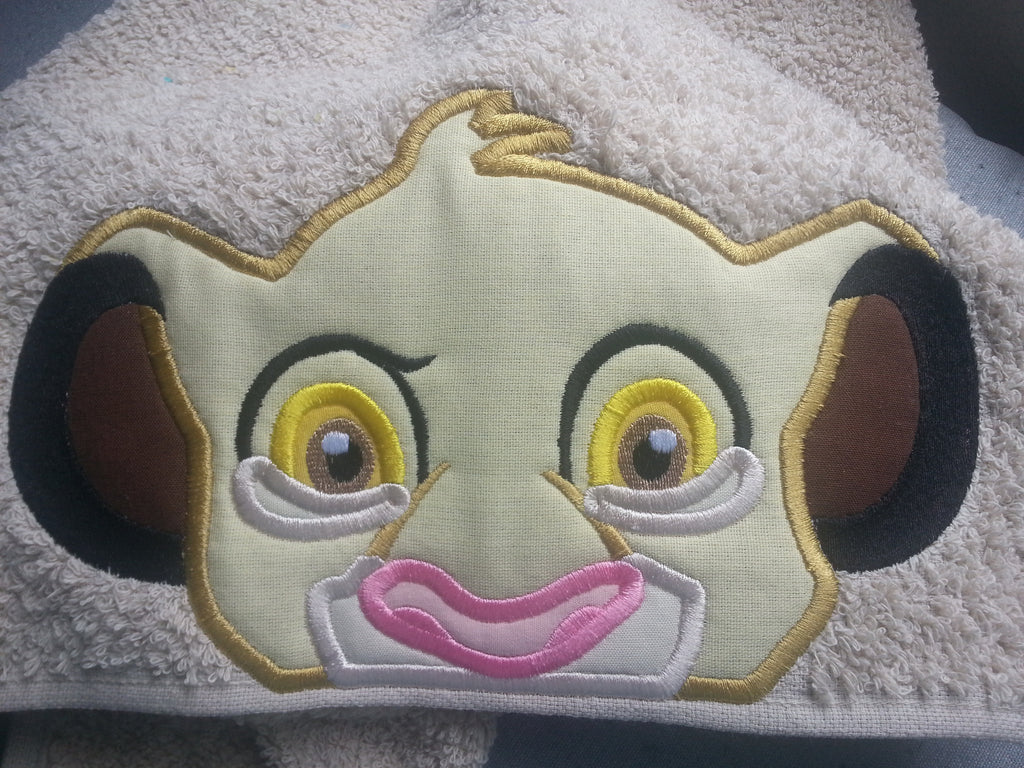 6X10 SIMBA LION KING HEAD FOR HOODED TOWEL