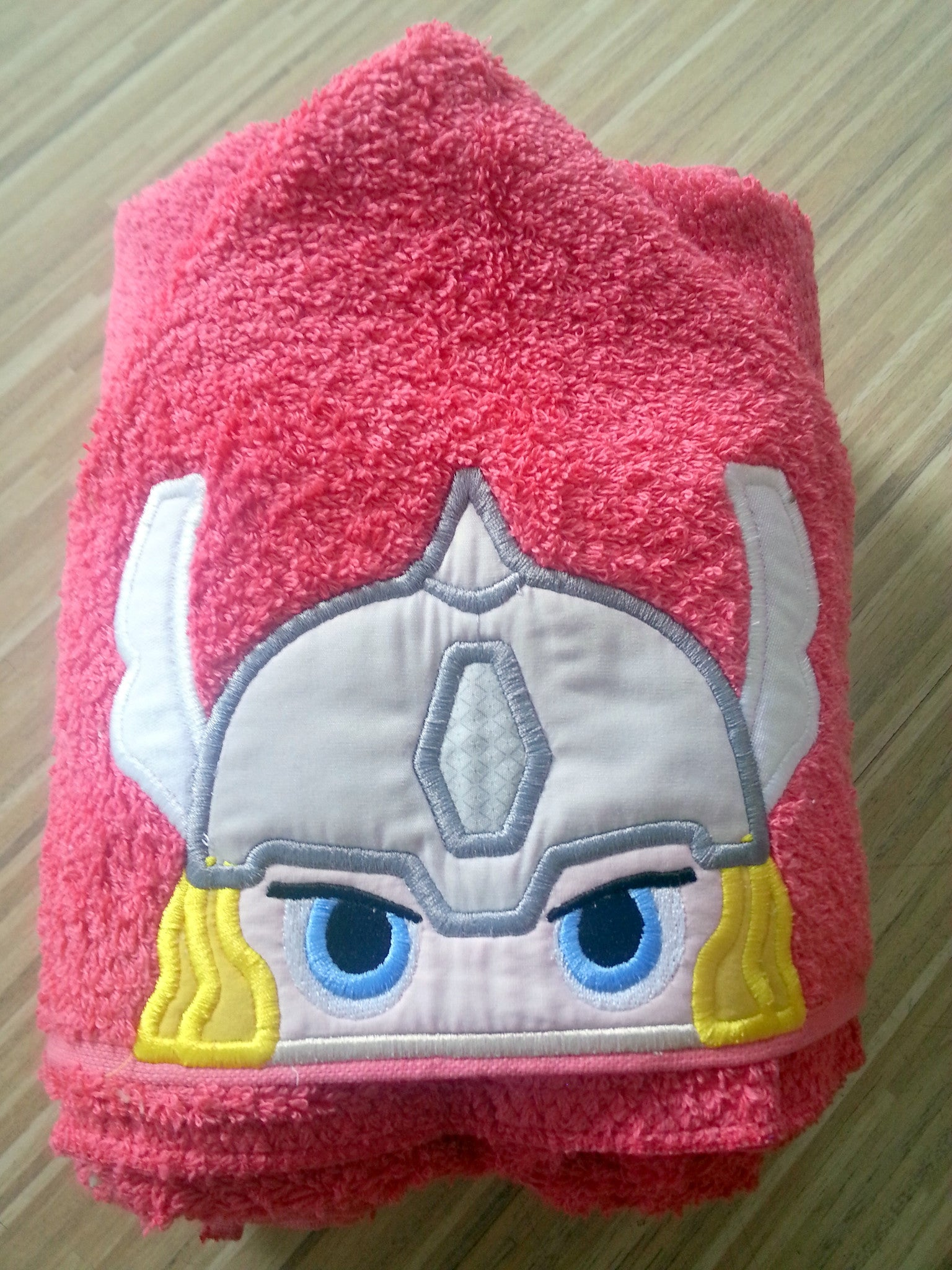 5x7 THOR AVENGER HERO HEAD FOR HOODED TOWEL