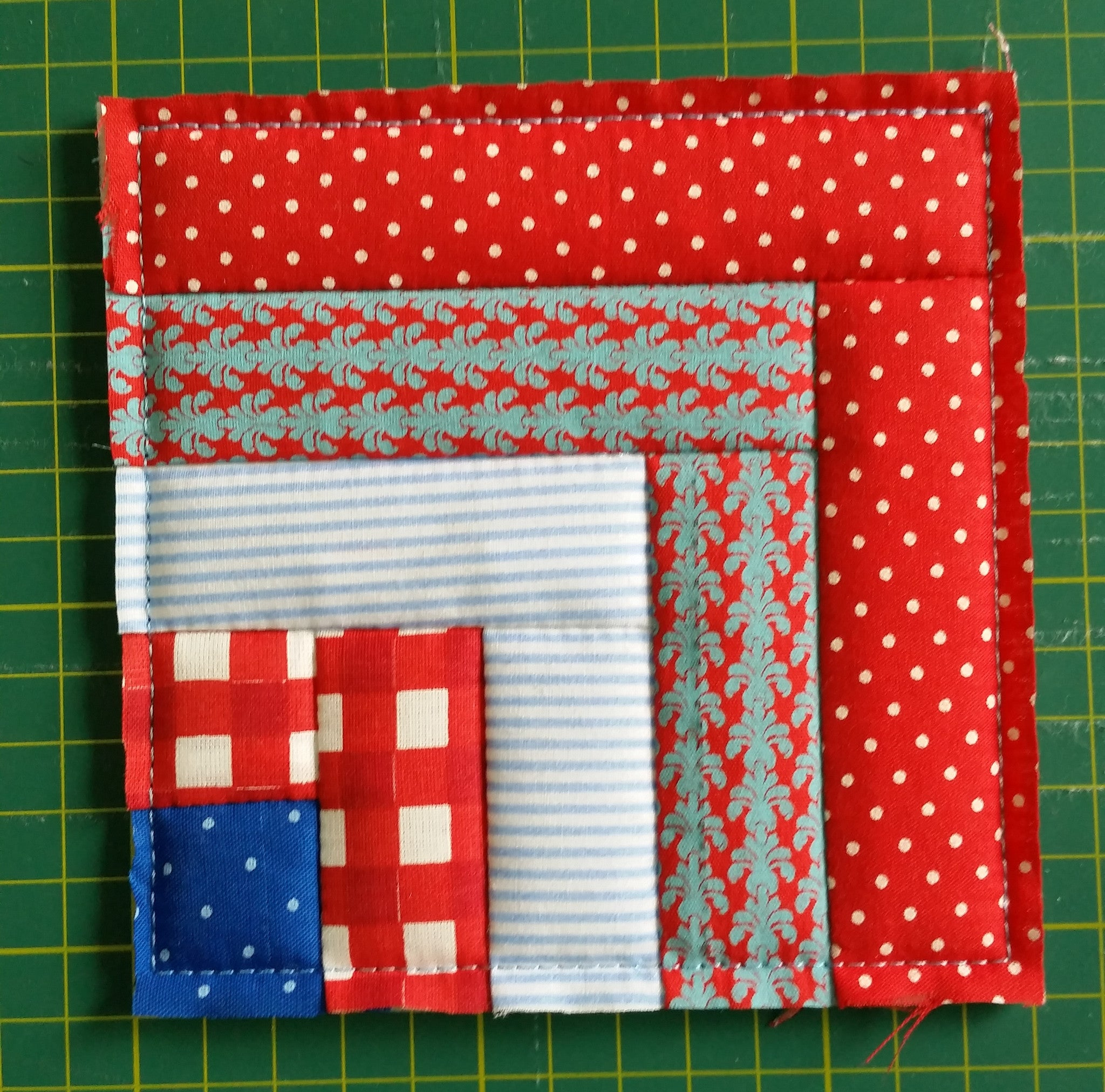ITH QUILTING BLOCK # 11 (LOG CABIN)