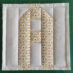 ITH LETTER A QUILT BLOCK