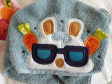 5x7 EASTER BUNNY BOY PEEKER FOR HOODED TOWEL