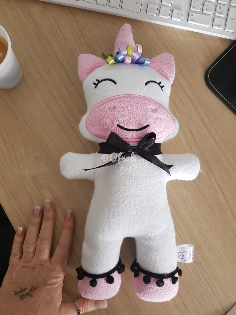 ITH UNICORN STUFFIE PATTERN