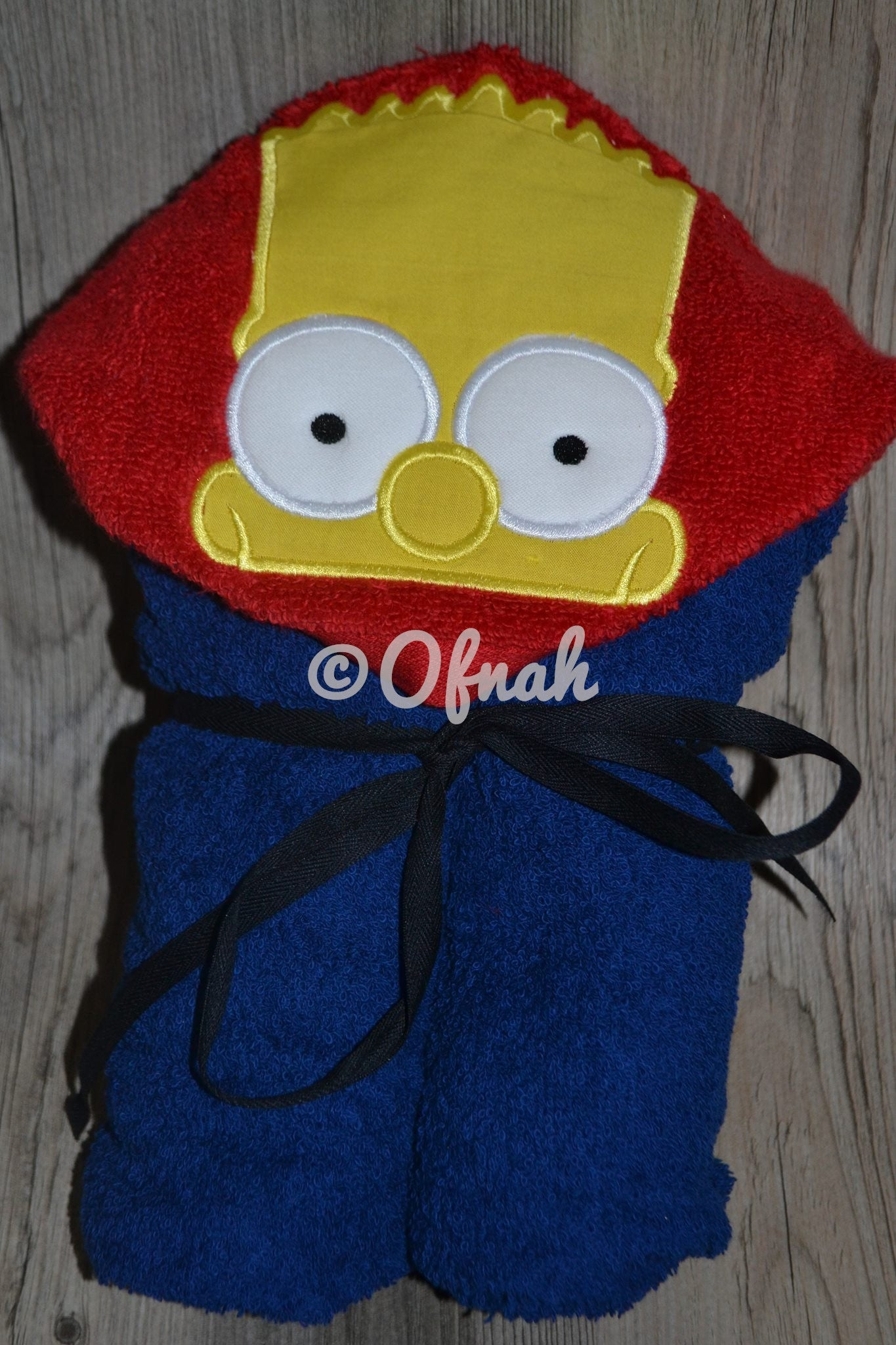 5x7 SKATER YELLOW BOY HOODED TOWEL