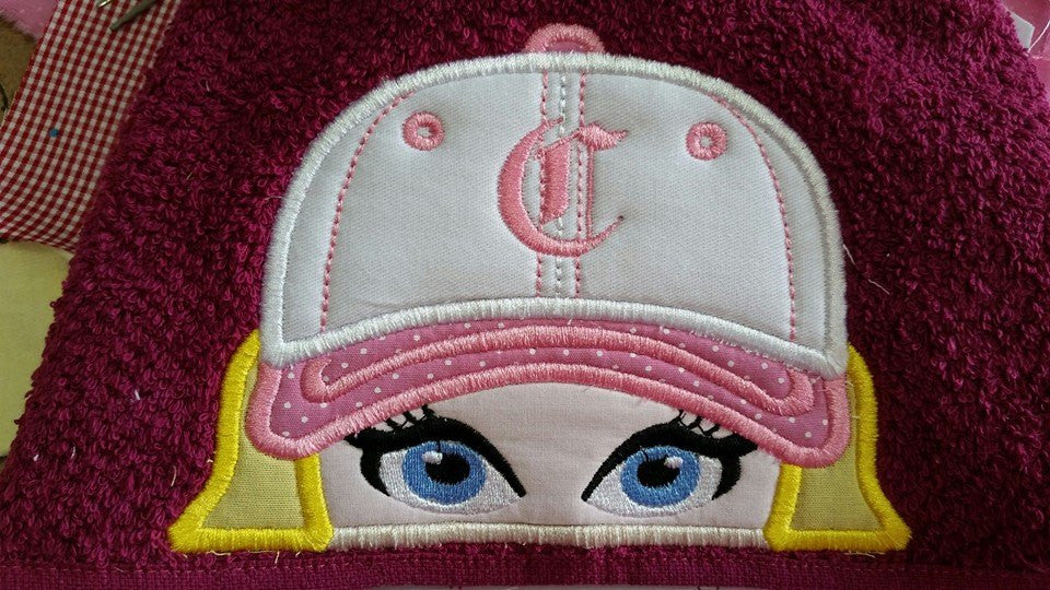 5x7 GIRL ON BASEBALL FOR HOODED TOWEL