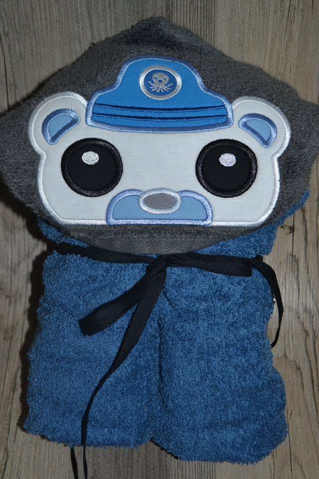 5x7 CAPT BARNACLES OCTONAUT HEAD FOR HOODED TOWEL