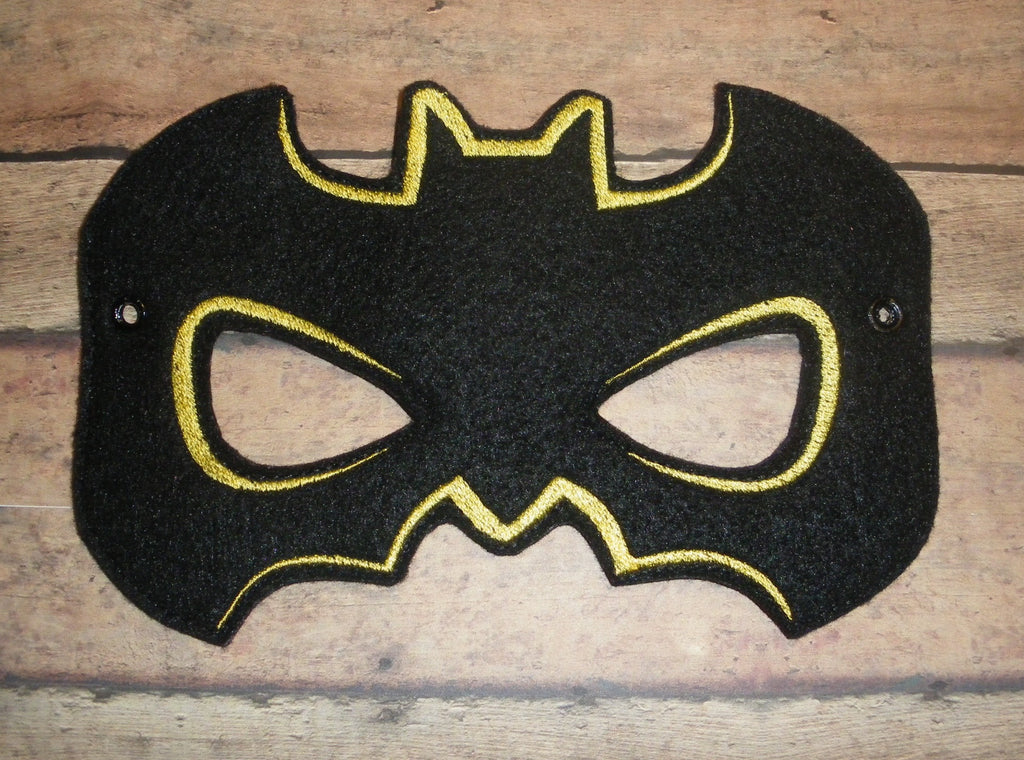 5x7 BATMAN HALF MASK PATTERN