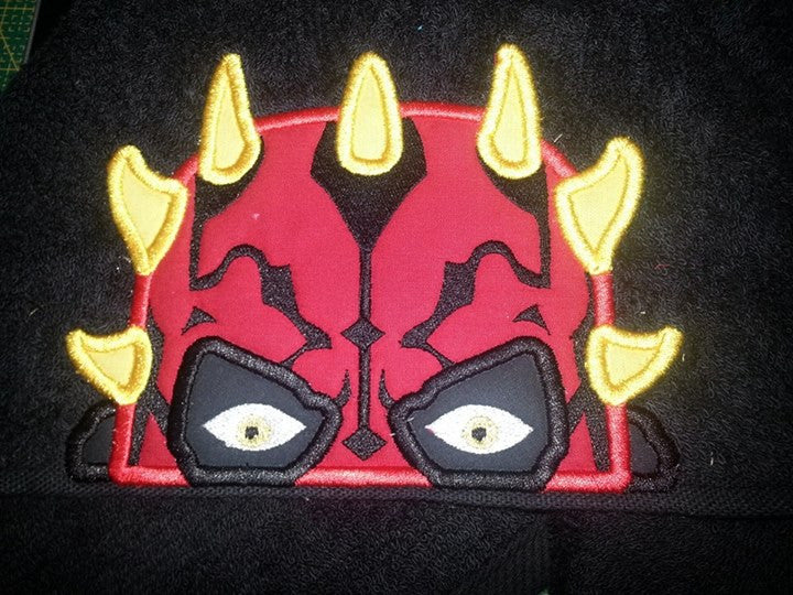 5x7 DARTH MAUL HEAD FOR HOODED TOWEL