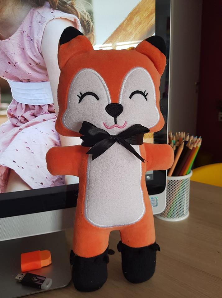 ITH FOXIE STUFFIE PATTERN